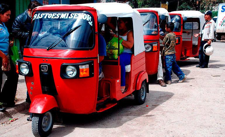19,000 mototaxis circulan en el país