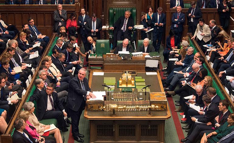 """Parlamento frustra por tercera vez el acuerdo del """"brexit"""""""