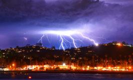 Ordenan evacuación en el sur de California por tormentas