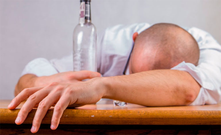 Conoce el nuevo alcohol sintético en desarrollo que promete no provocar resaca
