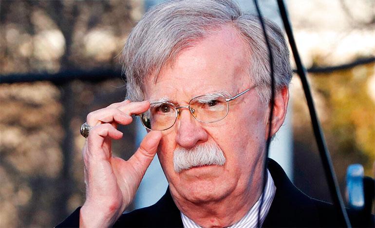 Bolton condena a Maduro y el uso de personal militar ruso