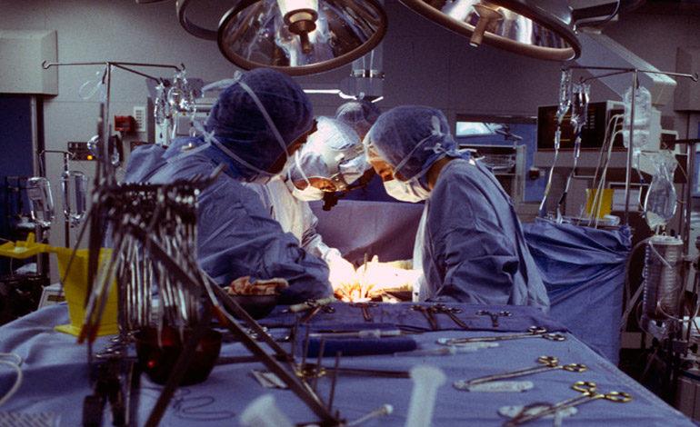 Chinos optan por operarse el pene para alargar su autoestima, según cirujano