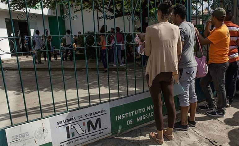 Cierra oficina migratoria en México tras incidente violento con cubanos