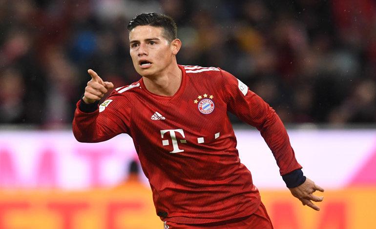 James se divierte con un triplete en la goleada del Bayern Múnich