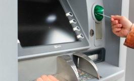 Se compadece de su víctima y le devuelve el dinero robado al ver el saldo de su cuenta