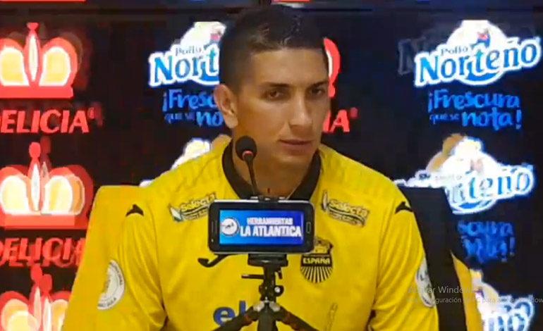 """Johnny Leverón: """"Trabajaré para estar en la otra lista de la selección"""""""