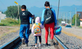 Familias se desplazan por maras en Honduras, carecen de soluciones duraderas