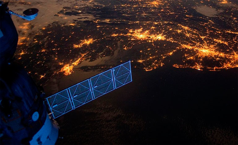 India logra destruir un satélite en el espacio