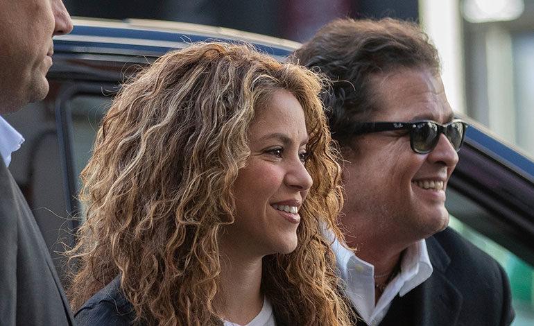 """Shakira y Vives alegan se atacó su dignidad con """"maliciosa"""" demanda de plagio"""