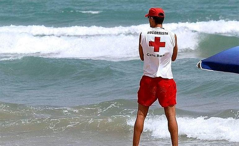 Una surfista muere y otro es herido tras ser alcanzados por un rayo