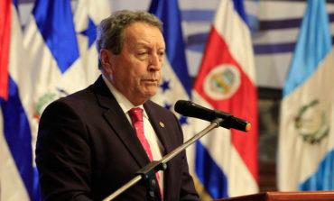 Secretario general del SICA llega a Nicaragua para cumbre de la AEC