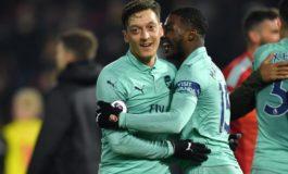 Watford se inmola en un minuto y Arsenal se mete en 'Champions'