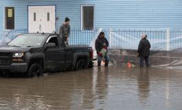 Este de Canadá en alerta a la espera de inundaciones récord