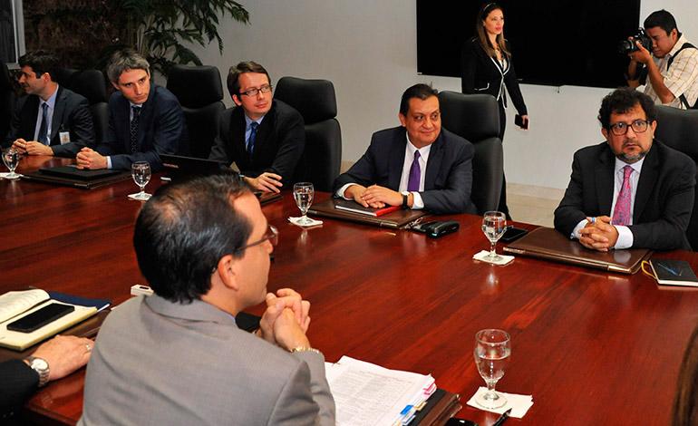 Industriales ven necesario la firma de acuerdo con el FMI