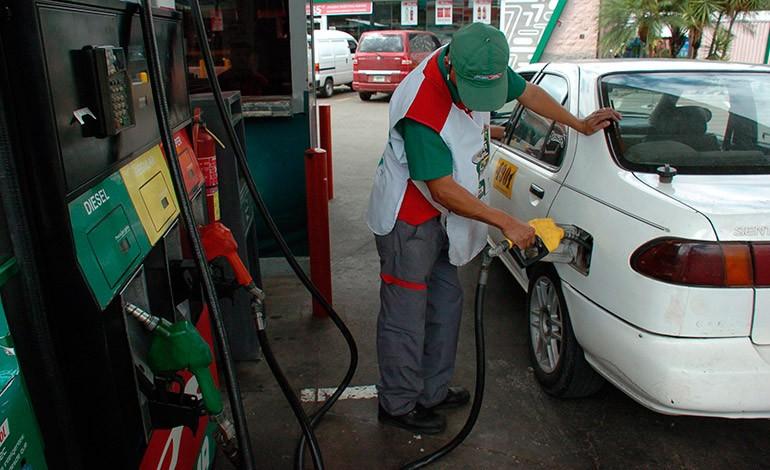 ¡Mala noticia! Casi dos lempiras subirán las gasolinas a partir del lunes