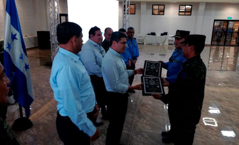 Presidente Hernández se reúne con las máximas autoridades de Fusina