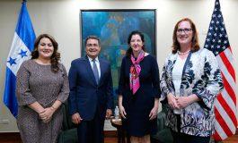 Presidente Hernández se reúne con alta funcionaria de EEUU, Kimberly Breier