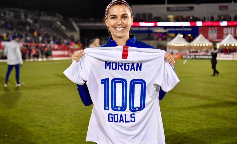 Alex Morgan alcanza los 100 goles con jugada de crack