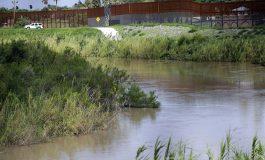 Hallan a niño migrante de tres años caminando solo en Texas