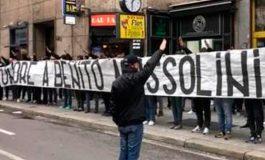 Ultras del Lazio muestran pancarta en honor a Mussolini en Milán