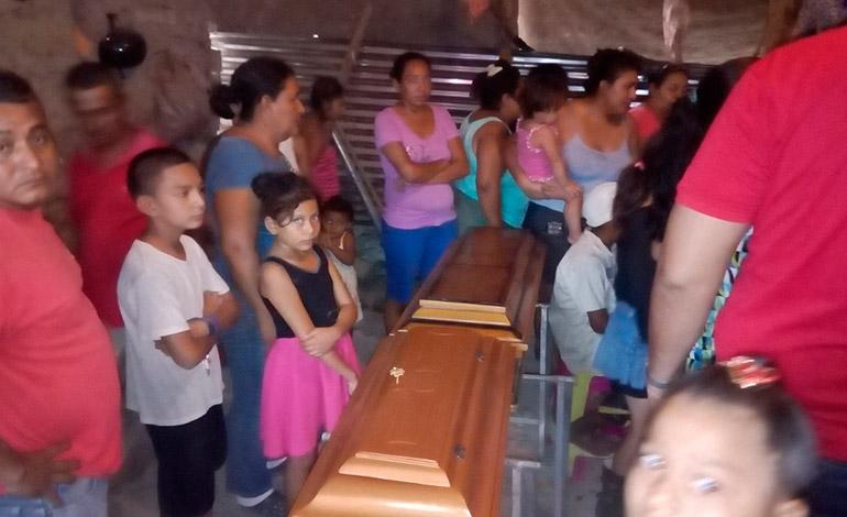 Ahogados en pila mueren dos niños