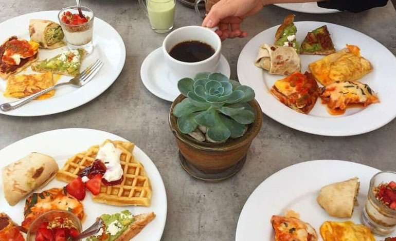 Café Honoré  presenta menú de desayunos