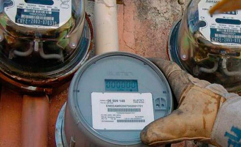 Diputados piden que revisión de la tarifa eléctrica sea anual