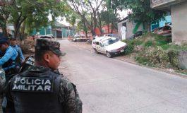 Pistolero mata mecánico mientras reparaba taxi