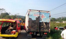 Accidente vial deja dos mujeres heridas en Tela
