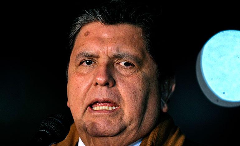 """El expresidente peruano Alan García está """"muy grave"""""""