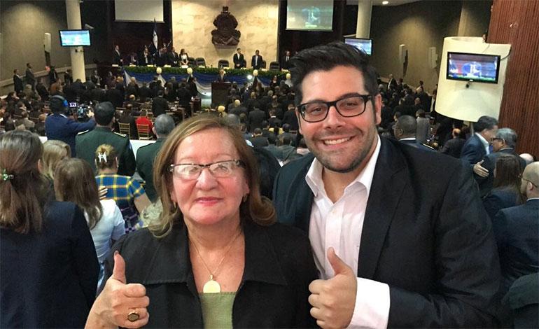 El cantante, presentador y exprecandidato a diputado por el Partido Nacional, Eduardo Andonie