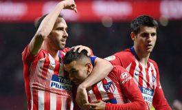 Atlético gana al Valencia y pospone el título del Barça