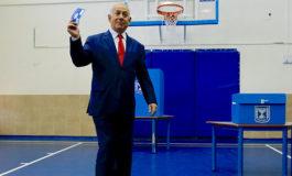 """Netanyahu y Gantz reivindican una victoria """"clara"""" en elecciones en Israel"""
