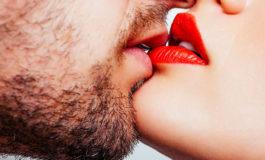 Cinco formas de dar un beso para conmemorar su día