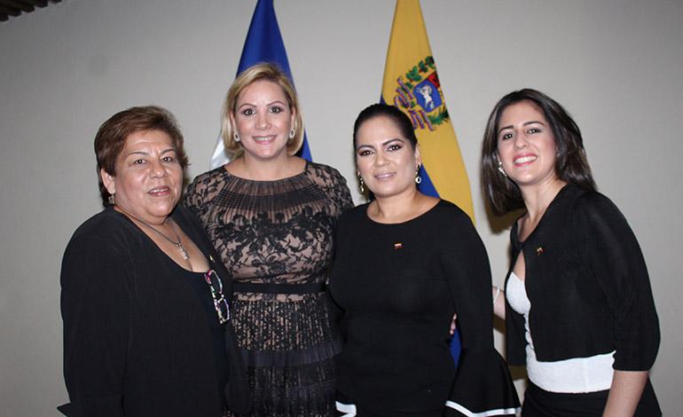 Omaira Urguelles, Ana Beatriz López, Valentina Gutiérrez, Graciela Cruz.