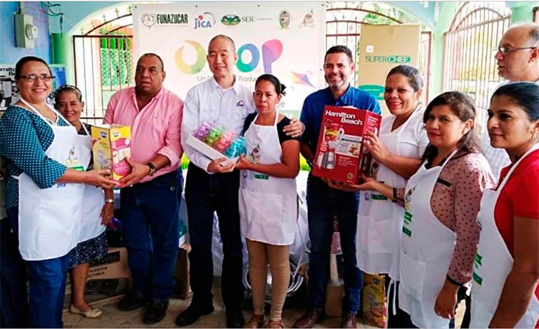 JICA dona equipo y materiales a micro empresarias en San Marcos