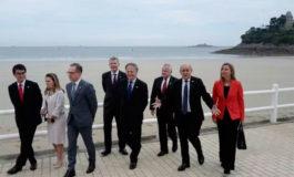 """El G7 pide el restablecimiento """"total"""" del orden democrático en Venezuela"""