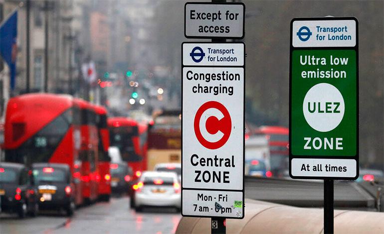 Londres impone impuesto a autos viejos por contaminación