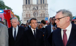 """Trump envía """"condolencias"""" a Macron por el incendio de Notre Dame"""