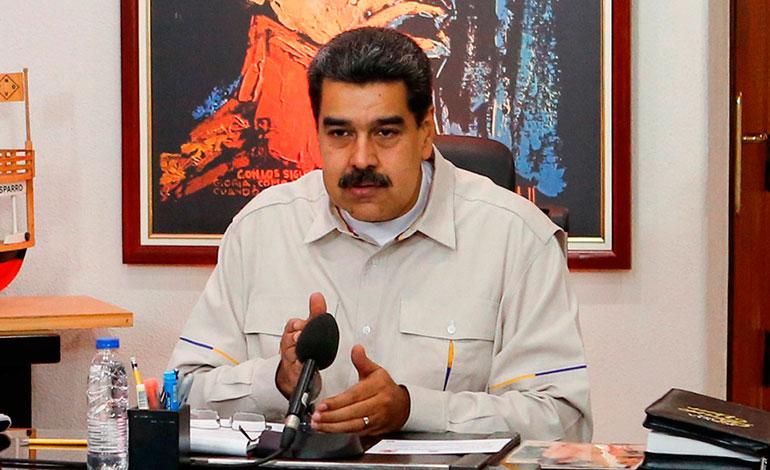 """Maduro pone en alerta a unidades militares ante """"planes criminales"""""""