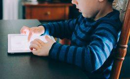 La OMS recomienda a los niños menos pantallas y más juegos