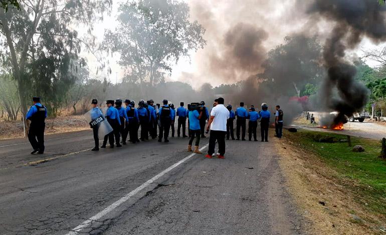 Policía garantiza libre circulación en protestas de productores