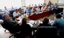 Gobierno y sector productor revisan convenio de compra venta de maíz blanco