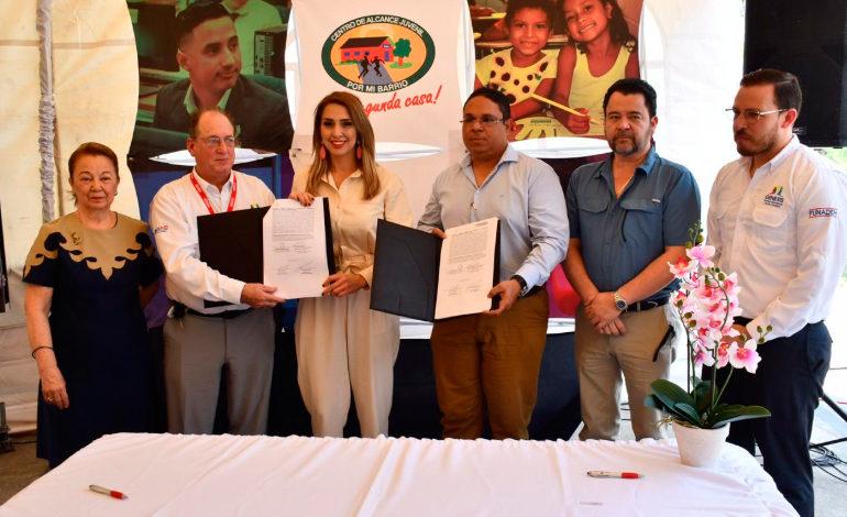 El gobierno firma convenio para beneficiar a más de 38 mil jóvenes