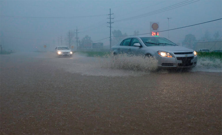 Severa tormenta causa penurias en el este de EEUU