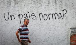 """Tras años de crisis, venezolanos preguntan qué es """"normal"""""""