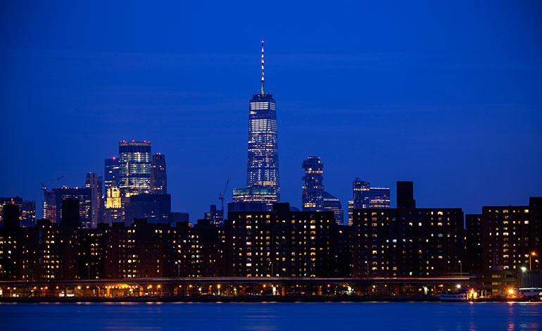 El World Trade Center se iluminará de rojo, azul y blanco por Notre Dame