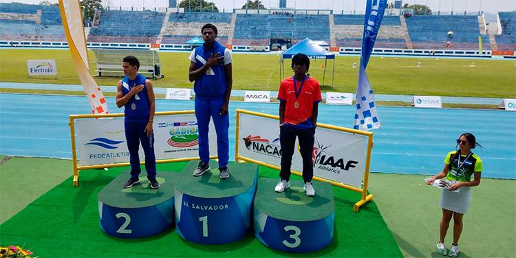 Rubén Alexis Mejía y Brayan Mata, hicieron el 1 y 2 en el salto triple del Centroamericano de Atletismo.