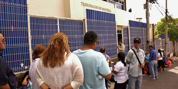 Exfuncionarios ayudaron a lavar dinero del narco — Honduras