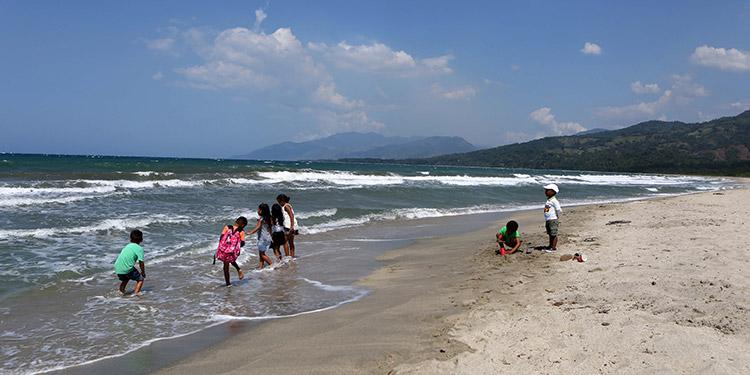 Bellas playas en el recorrido de los municipios de Trujillo, Santa Fe, la región de río Coco, Balfate y Jutiapa.
